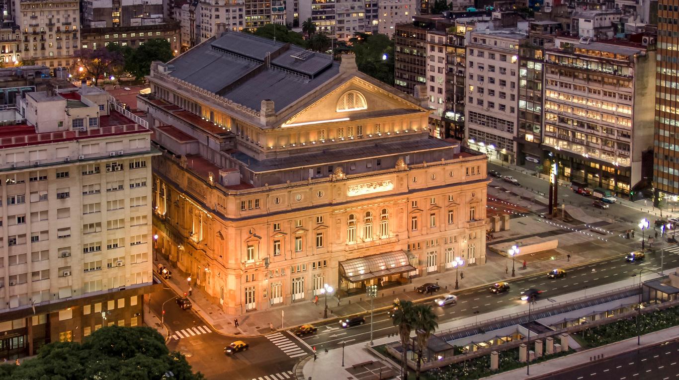 Hotel Tritone – Teatro Colón